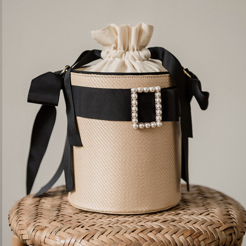 [ESSENTIAL BY UM] HARRISON RIBBON BUCKET - BLACK